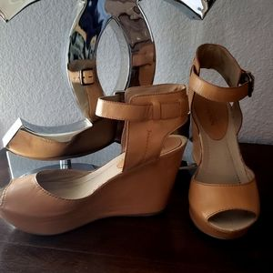 Kenneth Cole Tan Leather Wedge Sole of My Heart  8